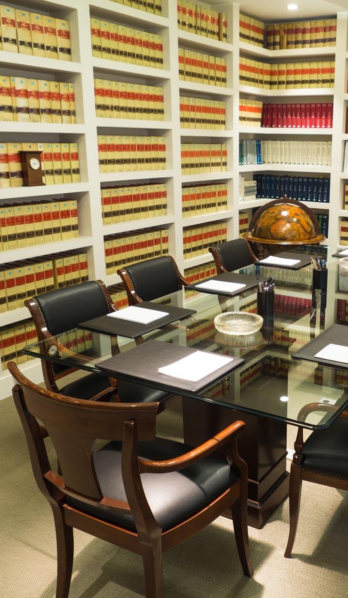 Fernández de Trocóniz, abogados
